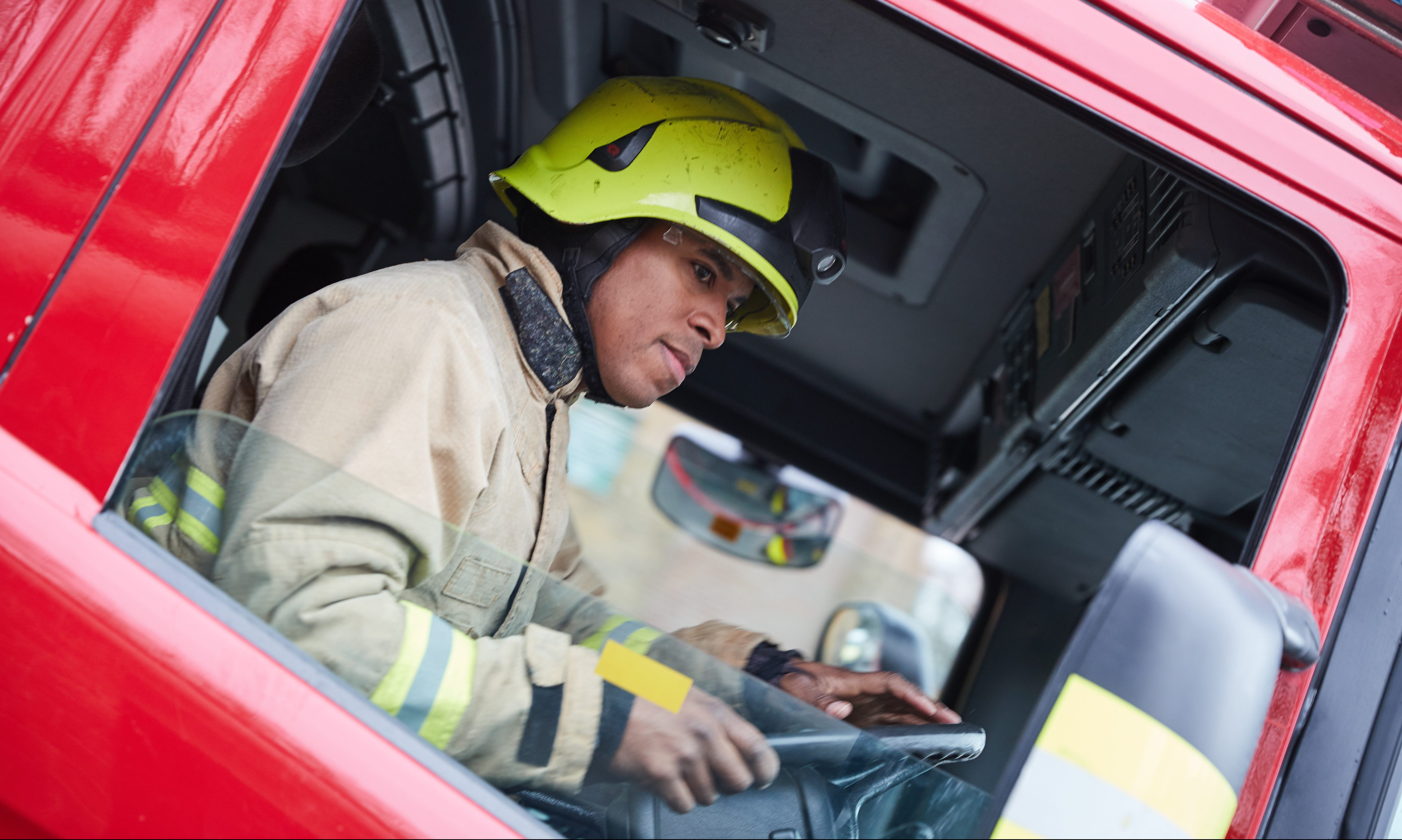 Luton Fire Station – BedfordshireFRS – Action shots (520)